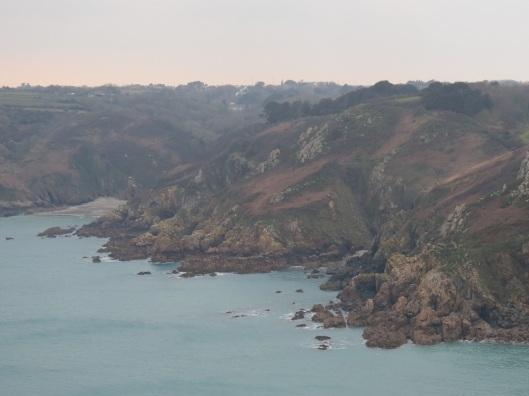 guernsey_coastline