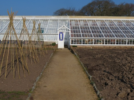 guernsey_walledgarden_greenhouses